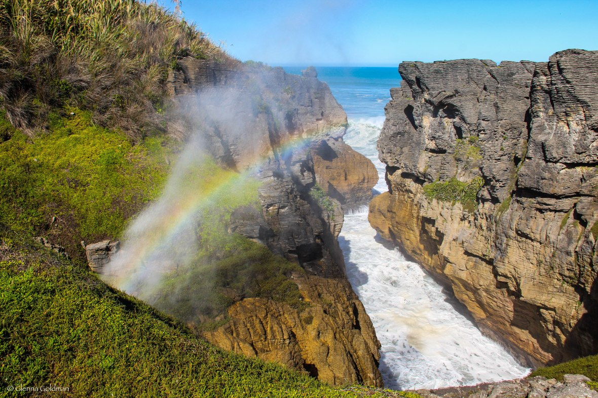 Punakaiki, New Zealand, Pancake Rocks, blowholes