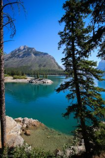 Lake Minnewanka Lakeshore Trail Banff